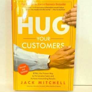 Bestseller: Hug Your Customers by Jack Mitchell